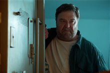 10 Cloverfield Lane photo 3 of 11