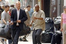 16 Blocks Photo 2