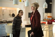 Absolutely Fabulous: The Movie Photo 17