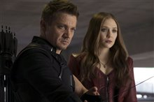 Captain America: Civil War Photo 44