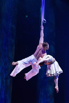 Cirque du Soleil: Worlds Away  Photo 9
