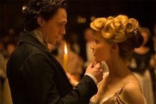Crimson Peak photo 9 of 28