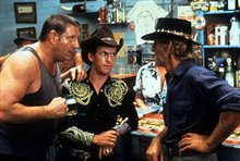 Crocodile Dundee In Los Angeles photo 2 of 6