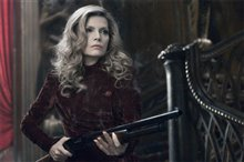 Dark Shadows Photo 8