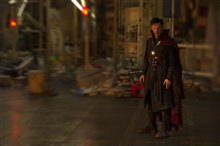 Doctor Strange photo 29 of 43