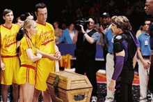 Dodgeball: A True Underdog Story Photo 14
