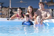 Dolphin Tale Photo 15