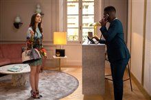 Emily in Paris (Netflix) Photo 2