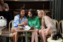 Emily in Paris (Netflix) Photo 4