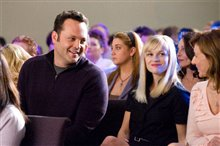 Four Christmases Photo 11