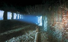 Ghosts of the Abyss: An Immersive 3D Adventure Photo 8