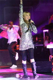 Hannah Montana & Miley Cyrus: Best of Both Worlds Concert Tour in Disney Digital  3-D Photo 7 - Large