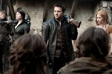 Hansel & Gretel: Witch Hunters Photo 7