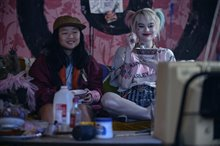 Harley Quinn: Birds of Prey Photo 6