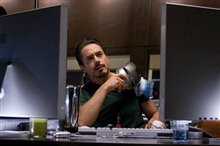 Iron Man Photo 30