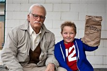 Jackass Presents: Bad Grandpa Photo 11
