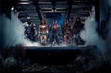 Justice League photo 1 of 11