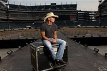 Kenny Chesney: Summer in 3D Photo 1