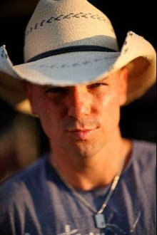 Kenny Chesney: Summer in 3D Photo 11