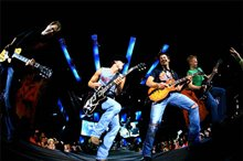 Kenny Chesney: Summer in 3D Photo 5