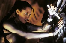 Lara Croft Tomb Raider: The Cradle of Life Photo 8