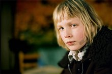 Let the Right One In Photo 5