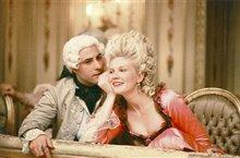 Marie Antoinette Photo 12