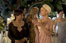 Monster-in-Law Photo 4