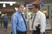 Observe and Report photo 20 of 23