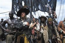 Pirates of the Caribbean: The Curse of the Black Pearl Photo 4