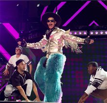 Popstar: Never Stop Never Stopping photo 3 of 20