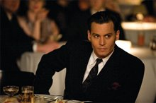 Public Enemies Photo 10