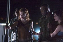 Resident Evil: Apocalypse photo 8 of 9
