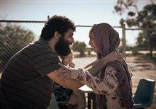 Stateless (Netflix) Photo 6