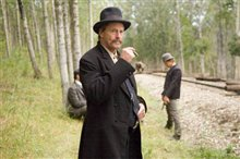 The Assassination of Jesse James by the Coward Robert Ford photo 10 of 36