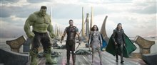 Thor: Ragnarok photo 7 of 28