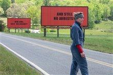 Trois affiches tout près d'Ebbing, Missouri Photo 10