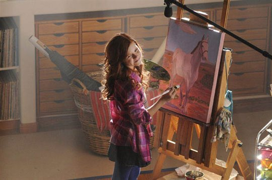 An American Girl: Saige Paints the Sky Poster Large