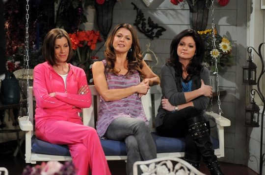 Hot in Cleveland: Season Two Photo 2 - Large