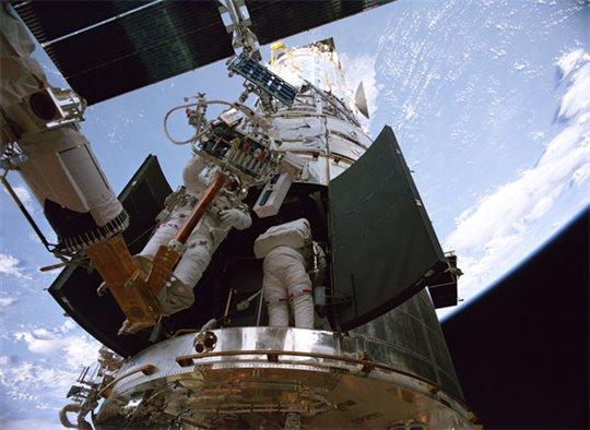 IMAX: Hubble 3D Poster Large