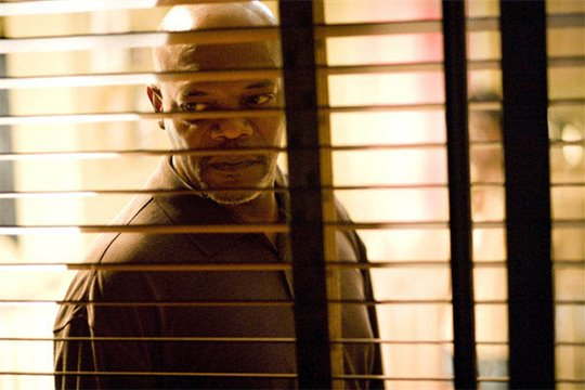 Lakeview Terrace Photo 1 - Large
