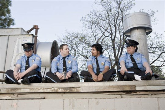 Observe and Report Photo 8 - Large