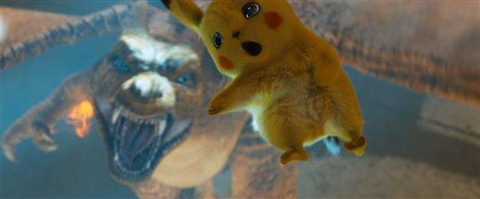 Pokémon Detective Pikachu Poster Large