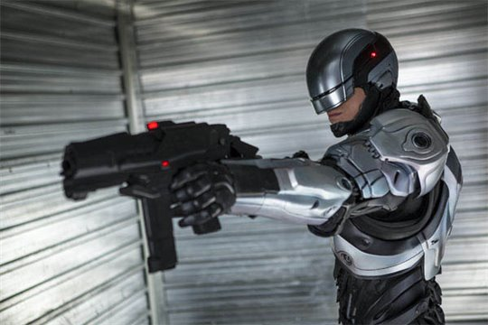 RoboCop Photo 8 - Large