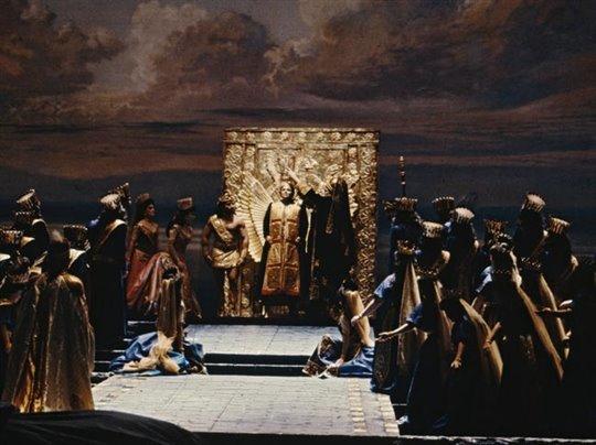 Semiramide - Metropolitan Opera Photo 1 - Grande