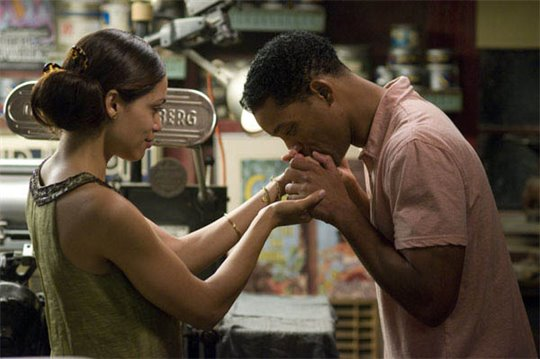 Seven Pounds Photo 8 - Large