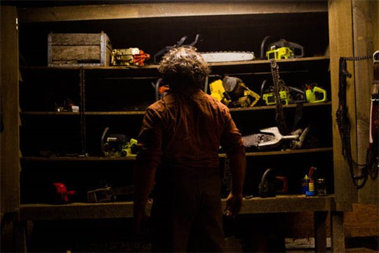 Texas Chainsaw Photo 4 - Large