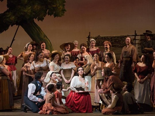 The Metropolitan Opera: L'Elisir d'Amore Photo 1 - Large