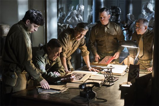 The Monuments Men Poster Large