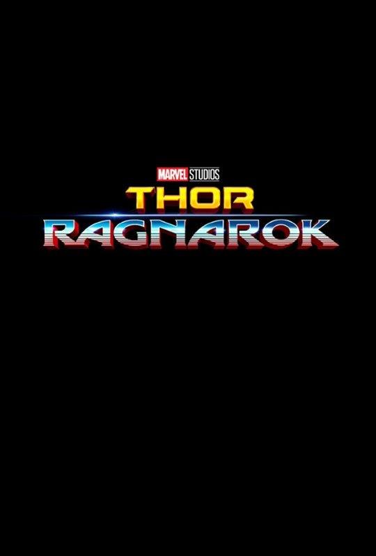 Thor: Ragnarok Poster Large